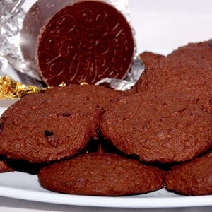 low-carb-coconut-lour-chocolate-biscuits-square
