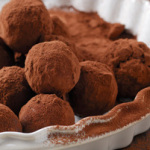 Dark chocolate truffles (low-carb, sugar-free)