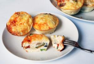 Cheesy mini omelette, zero carbs