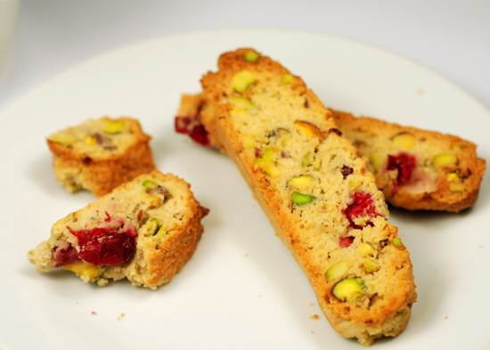 Low-carb biscotti