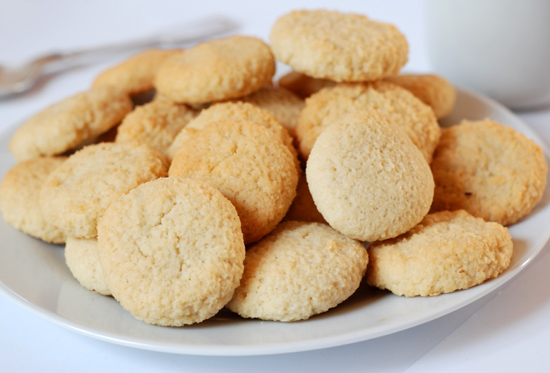 Low-carb amaretti biscuits – Low Carb Diet Support