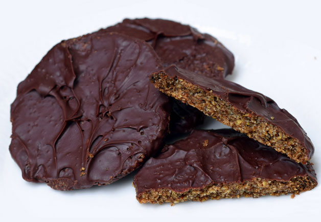 Low-carb chocolate biscuits